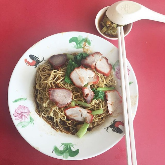 Havent had a good wanton mee for ages.