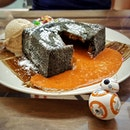 Brought my #BB8 out for #dessert!