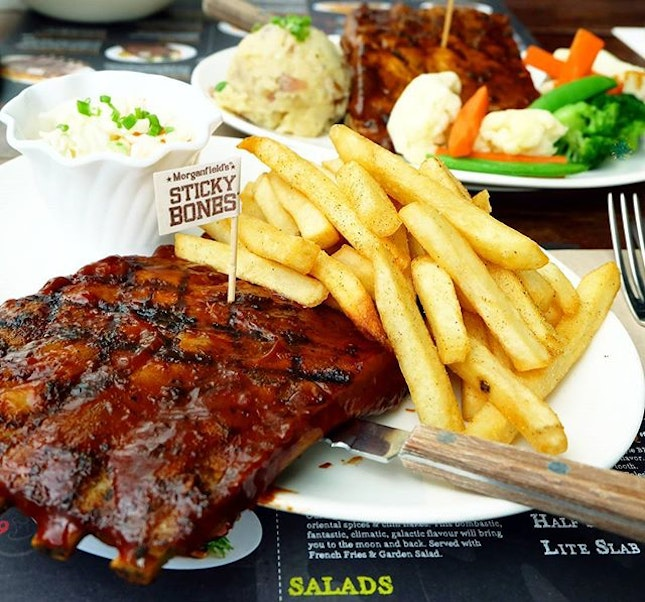 Feeling some ribs the other day, and had to drag my dad along to Morganfield's for lunch.