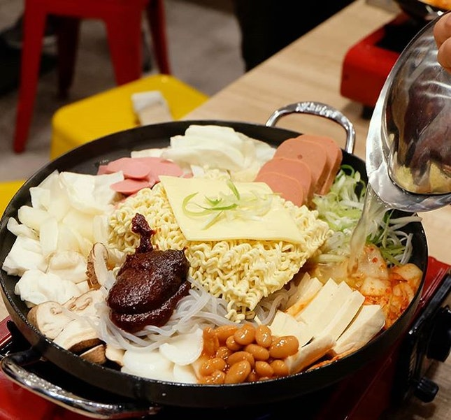 Spend a bubbling good time with your friends over Nene Chicken's newly launched Budae Jjigae!