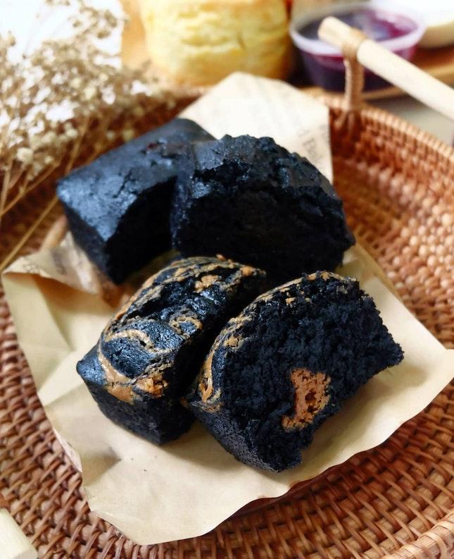 Biscoff Marble Brownie & Premium Hojicha Brownie