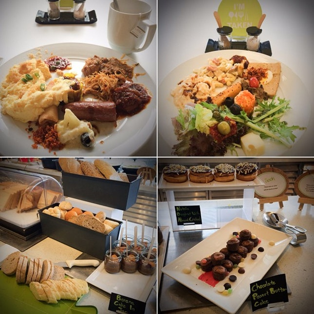 Breakfast spread at Nook @ Aloft KL Sentral.