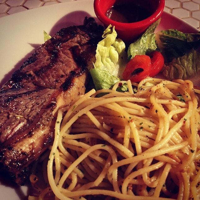Sirloin steak dinner #burpple #foodporn #dinner #hottomato
