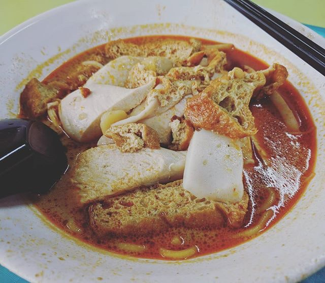 Ah Heng Curry Chicken Bee Hoon Mee (Hong Lim Market & Food Centre)