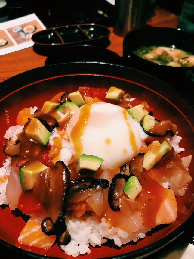 Assorted Raw Seafood and Soft Boiled Egg with Yukke Sauce on Steamed Rice