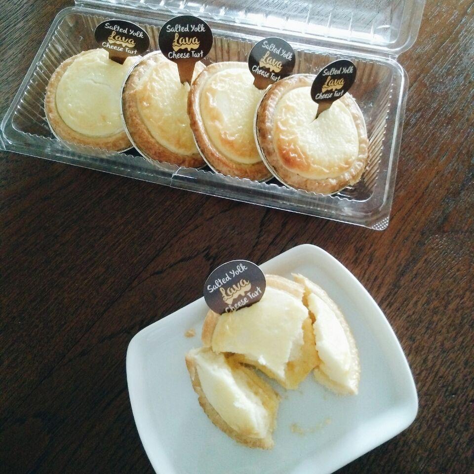 Salted Yolk Lava Cheese Tarts