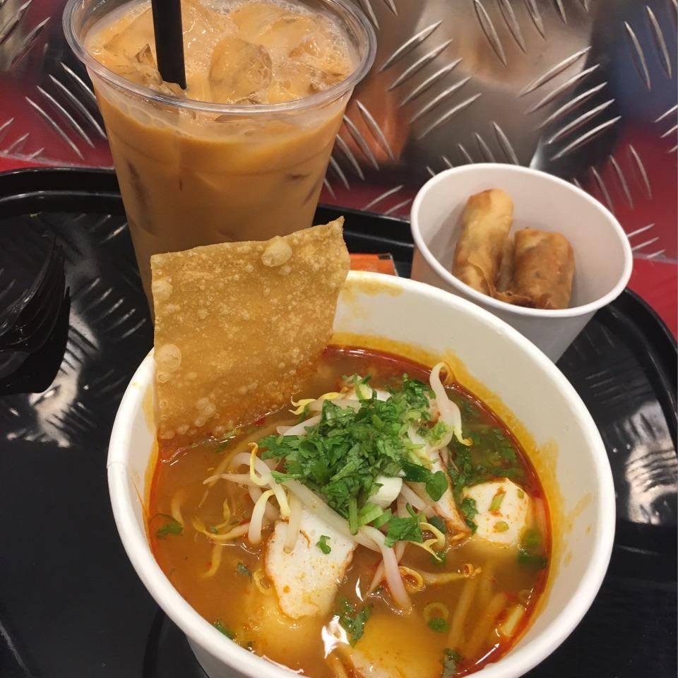 Tom Yam Noodle Set