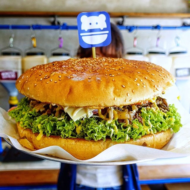 Find a Monster Burger that is bigger than your face @burgermonster.sg  The highlight is undoubtedly the Monster Burger with its mountainous pile of bulgogi beef and cabbage sandwiched between two enormous buns that can easily feed 4 or more.