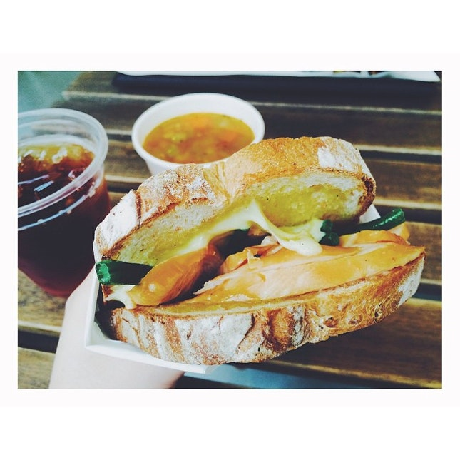 Smoked chicken sandwich 😊