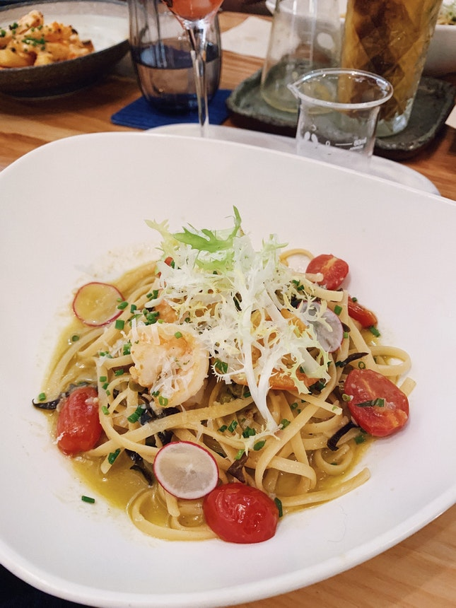 Spicy & Sour Prawn linguine ($26++)