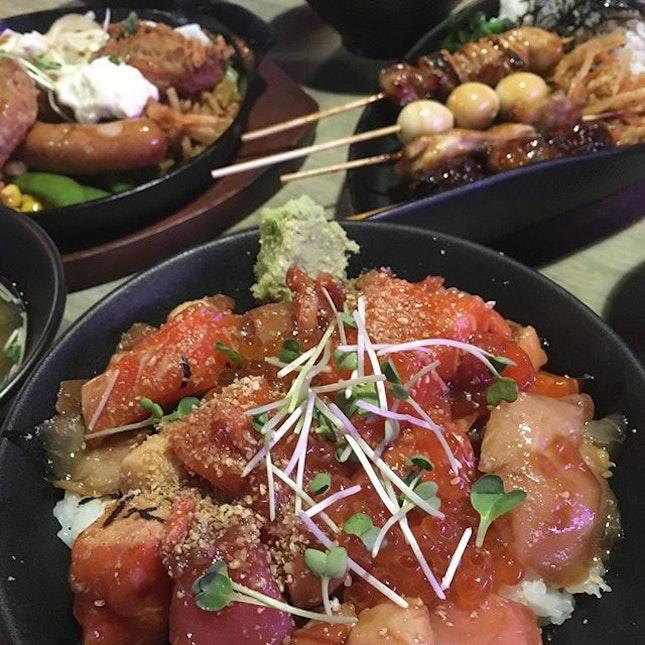 TGIF 😬  #food#foodporn#burpple#japanese #foodie#Singapore#instafood_sg#teppei #foodstagram#instafood#kaisendon