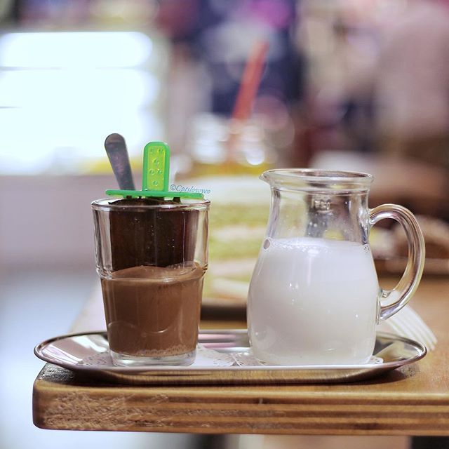Nutty Profession $6.50 🍫🥛☕️ Probably 600 calories of Nutella dunked in with an espresso popsicle served with a mini thing of warm milk!