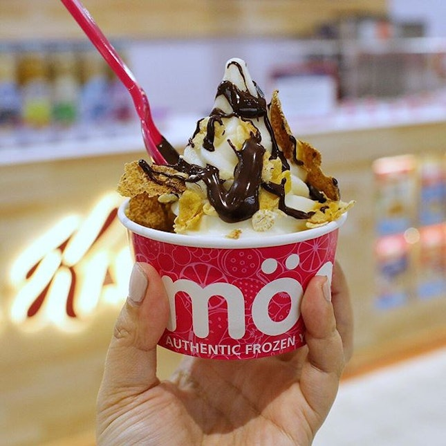 Looking for an exciting dessert with all the taste and toppings but fewer calories?