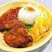 09.02.2015 Nasi lemak + sambal + ayam berempah!