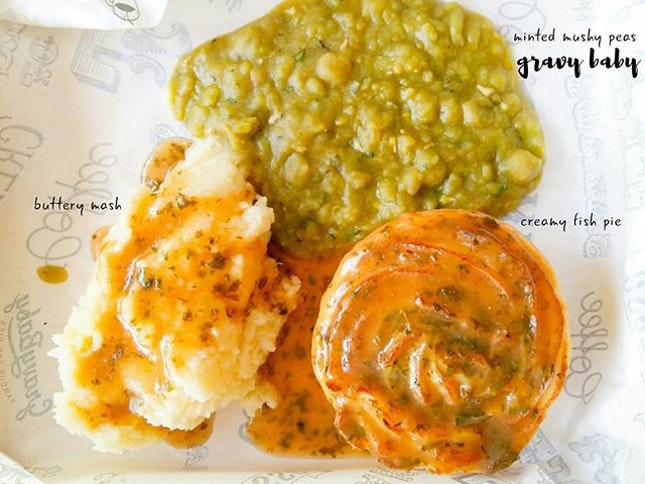 16.07.2016 Weekend means load up on everything and anything nice  #gravybabypies #gravybaby #creamyfishpie #mintedmushypeas #July2016