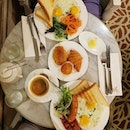 #throwback to the awesome #breakfast that we had at the antoinette.
