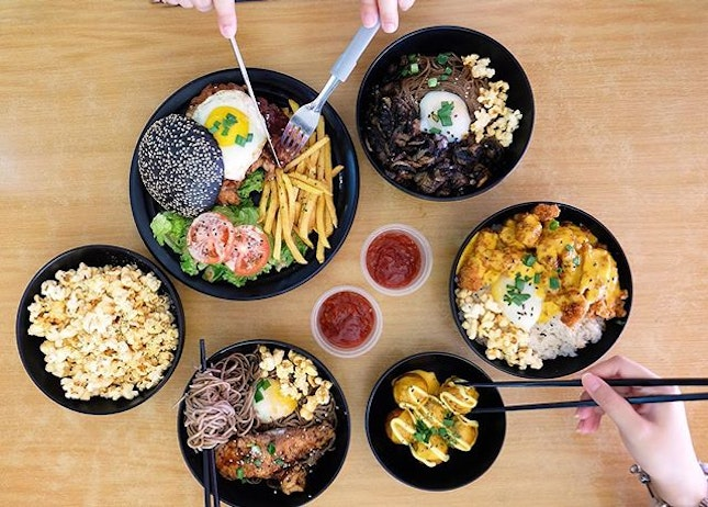 #indulgesg not only sell your typical western food but also does Japanese fusion ones as well!