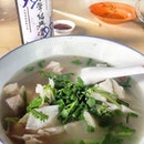 Fish head noodle soup - yummy but expect to wait for at least an hour to be serve #burpple #amayzingEatsPudu