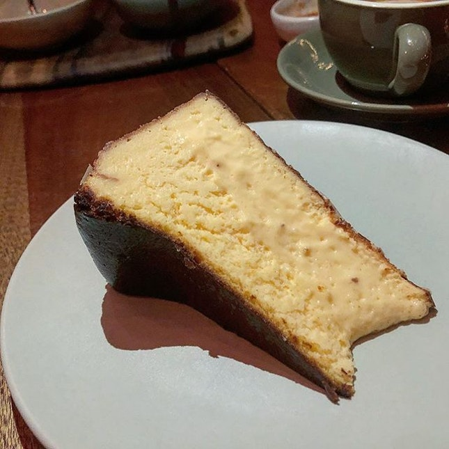 Burnt cheesecake #Burpple #amayzing_damansara