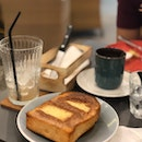Smashing Butter Cinnamon Sugar Toast ($3.50)