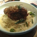 Asian-Style Soft Shell Crab Spaghetti