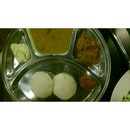 Regular Idli