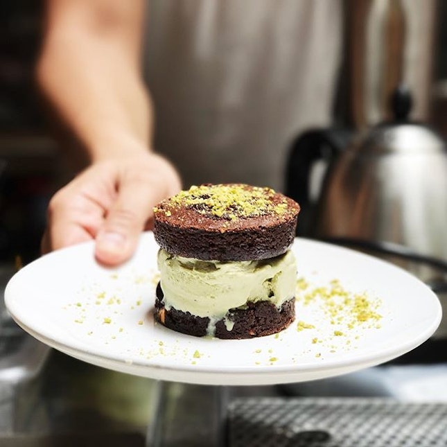 Brownie-wich with pistachio ice cream.