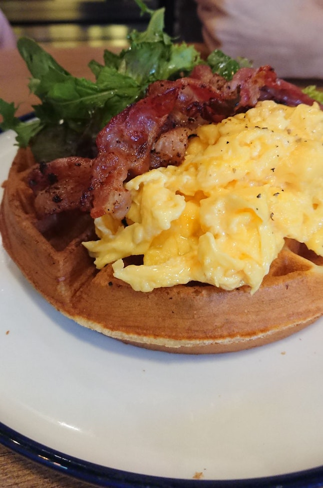 Waffle With Bacon And Eggs