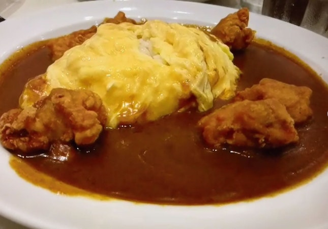 Chicken Karage Curry With Omlette