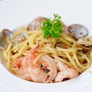 Seafood spaghetti [$15.90] with mouth watering tiger prawns and white clams.