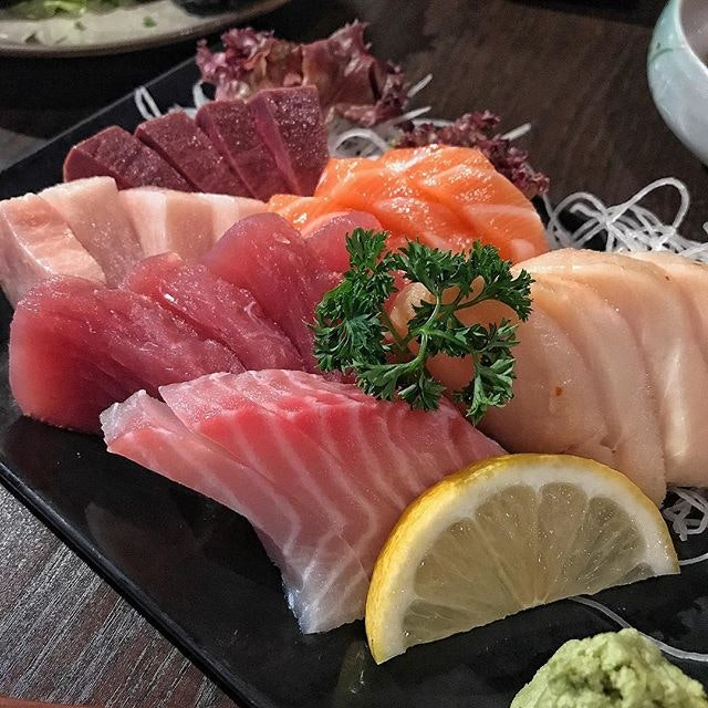 Sudden cravings for Japanese cuisine & sashimi feast!
