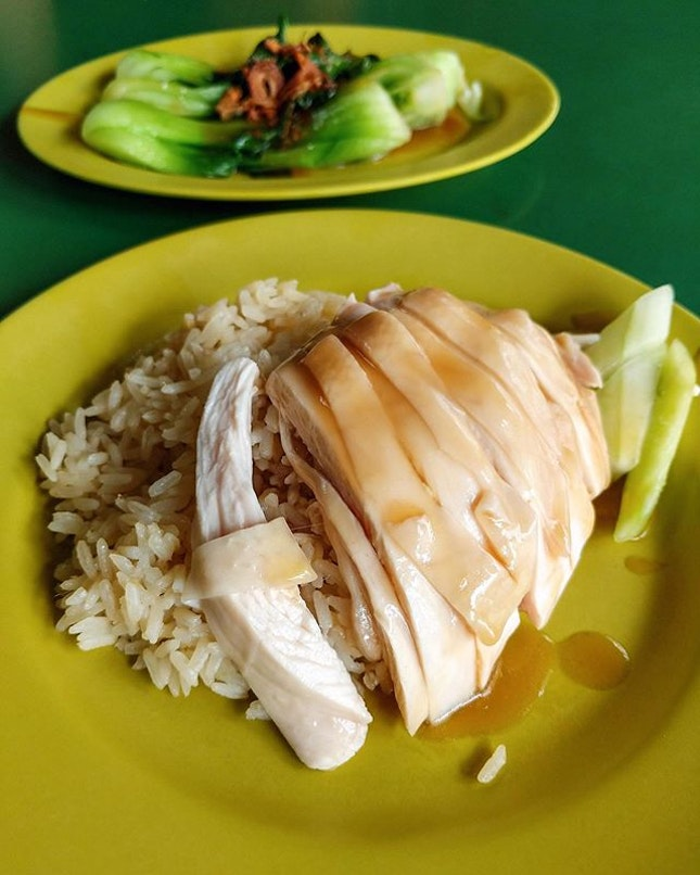 An unconventional Christmas lunch cos we had chicken rice instead of turkey yesterday.