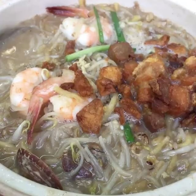 11 September 2017: [Caption by @thamwengmun] Sizzling wet noodles with strong seafood aroma, topped with crispy pork belly, giving the noodles a variety of texture.