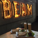 Coincidently saw the cafe I wanna visit long long time ago..😍 #beamcafe #beanspeciality #cafehopmy #cafehopping #cafehopkl #eatnowkl #klfoodie #ikutcarakita #malaysianscafe #foodjournalists #cafefoodmy #burpple #burpplekl #chloegorgeouslife