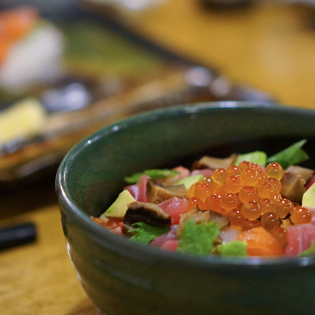 The Secret To A Long And Happy Life? Jyu Raku Might Have It!