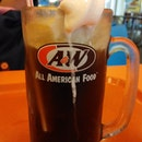 A&W Nagoya Mall - home to the Root Beer Float, average food and tiny cockroaches