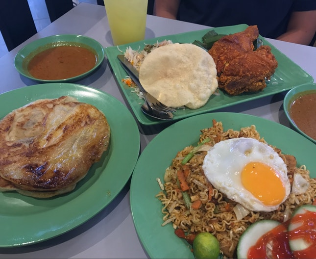 Well Serviced Air-conditioned Mamak