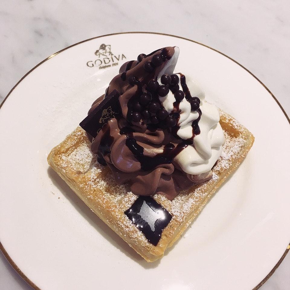 Godiva Chocolatier (ION Orchard)