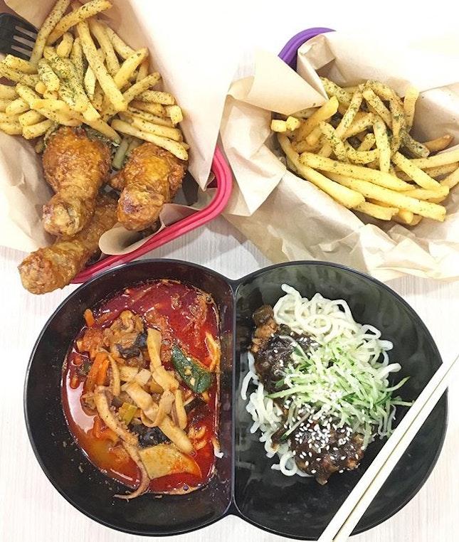 Jjamjja Myeon 2-in-1 ($10.90), Soy Garlic Jinjja Drumsticks ($8.90) & Sesame Seaweed Fries ($3) on the side.