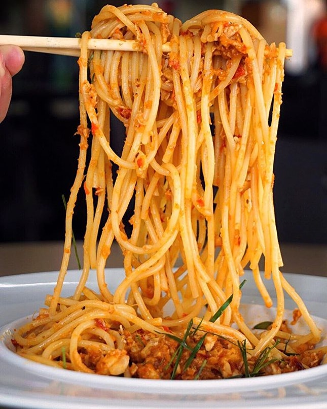 Chili Crab Spaghetti ($10.50) Our prominent national dish with touch of Italian staple - oui, de-la pasta!