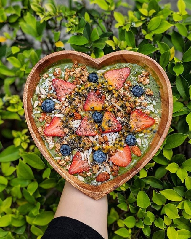 Fruity Matcha ($12) Signature super bowl from @thegoodboys_sg is a magical blend of premium Japanese matcha, pineapple, baby spinach, mango, banana then topped with 7 healthy boosts of strawberries, blueberries, passionfruit, toasted granola, seed mix, toasted coconut shavings & chia seeds!