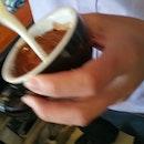 Finally caught @just_love_coffee pouring his passion 😄 #coffeetime #coffeegram #coffeenart #coffeexample #lovecoffee #thingsaboutcoffee #baristas #burpple #openricesg #hungrygowhere #stfoodtrending #sgfoodies #bloggersg #dose_tyrwhitt @dose_tyrwhitt