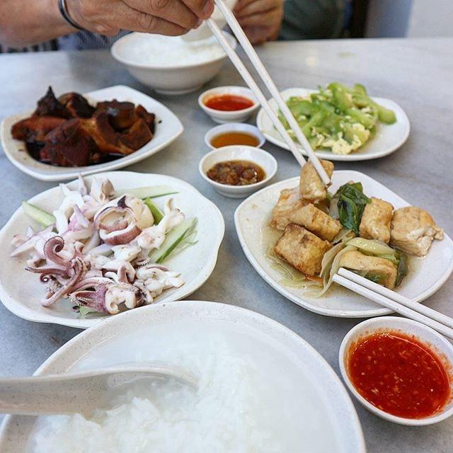 Heng Long Teochew Porridge 兴隆潮洲粥 (Tanjong Katong)