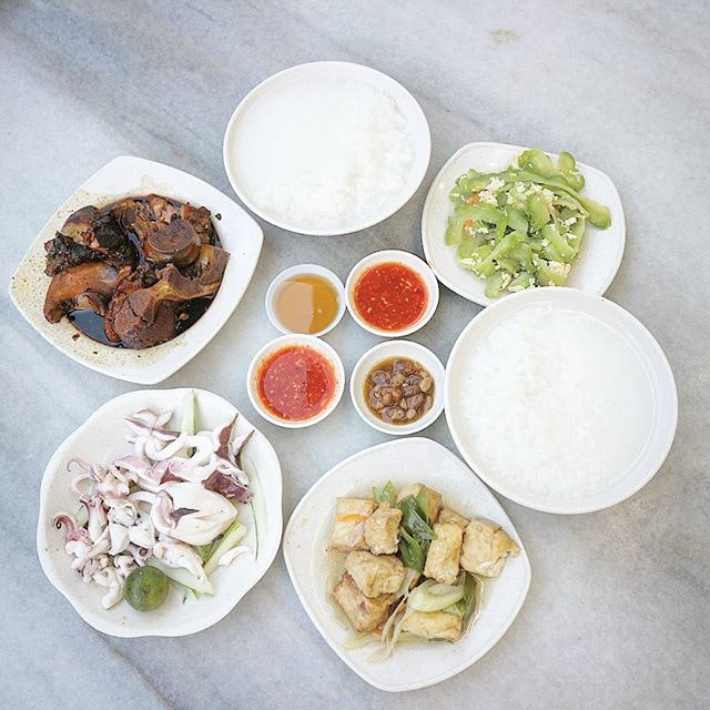 Heng Long Teochew Porridge 兴隆潮洲粥 (Tanjong Katong)