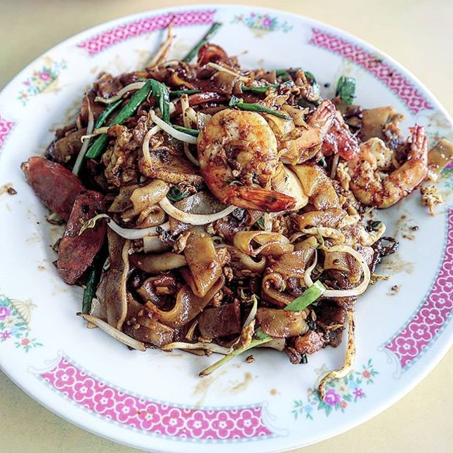 Forever in the mood for char kway teow (fried flat noodle).