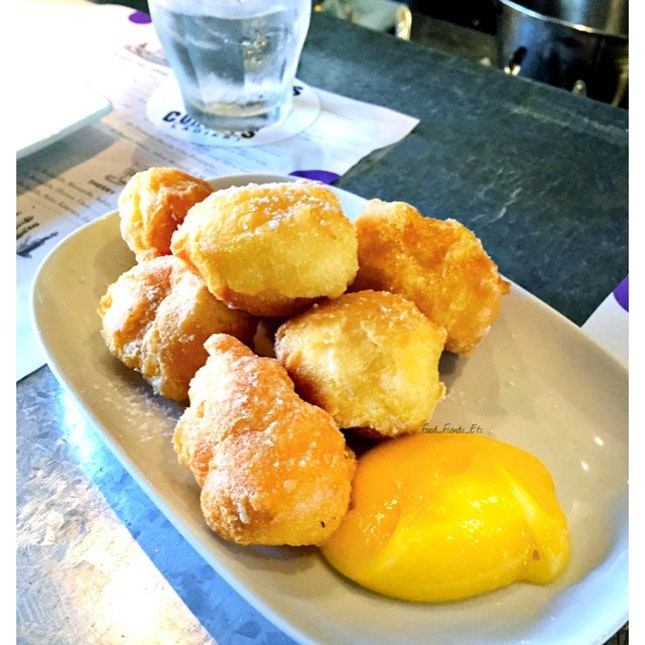Doughnuts and Lemon Curd Lolla, Singapore  Almost finished this heavenly and fluffy dessert!