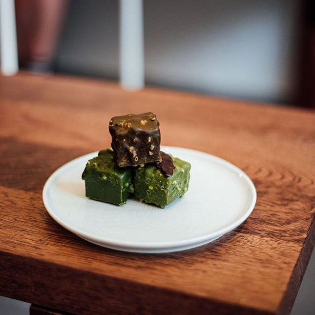 Matcha inspired brownies coated in chocolate!