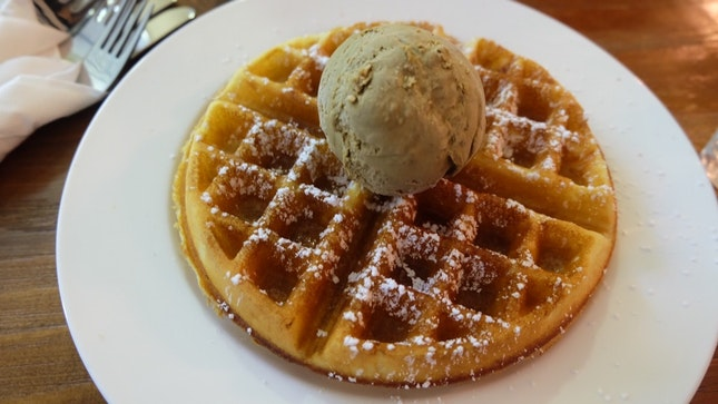 Fantastically Crisp Waffle