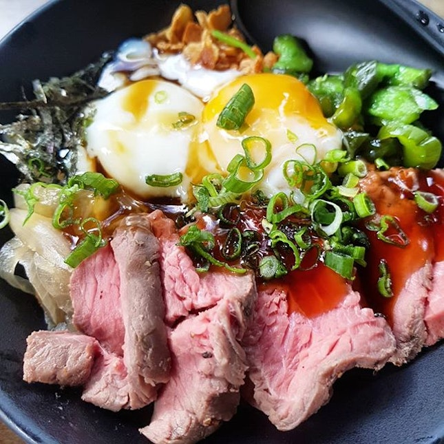 [Kaisen Ichi @kaisenichi] Yes to the egg, yes to the beef.