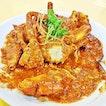 Chili Crab (SGD $60 / 1kg) @ Punggol Seafood Hock Kee Restaurant.